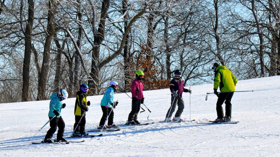 Winter_Walden_Ski_Instructors_Pine_Knob